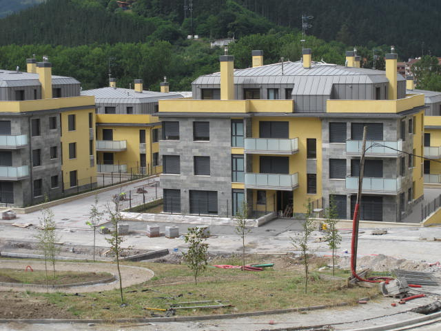 94 viviendas Usansolo